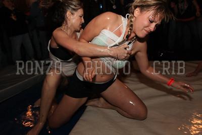 Oil Wrestling 2009_0418-037