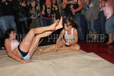 Oil Wrestling 2009_0418-026