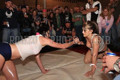 Oil Wrestling 2009_0418-032