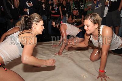 Oil Wrestling 2009_0418-034