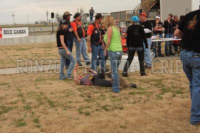 One Legged Race 2009_0418-010