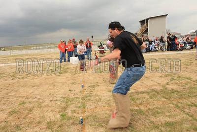 Single Sack Race 2009_0418-005