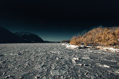 Frozen Hudson River