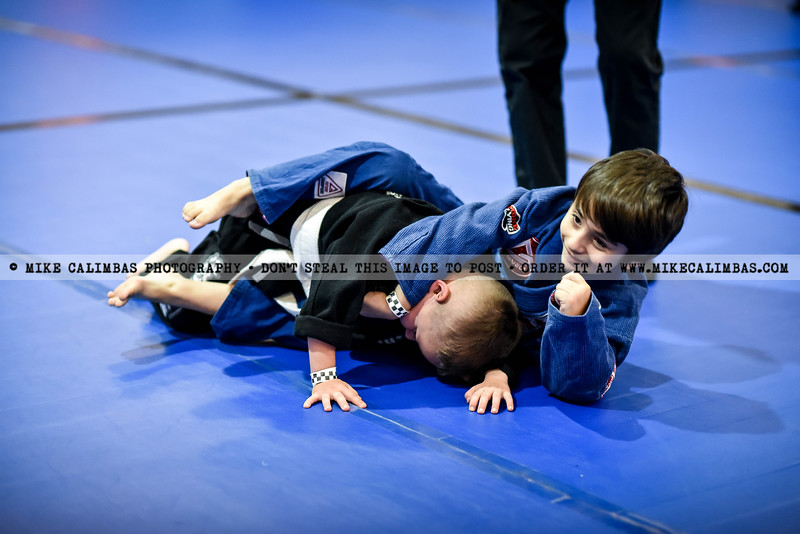Find and order prints and downloads from this event - www.mikecalimbas.com/BJJ/BATTLEOFHTOWN2016