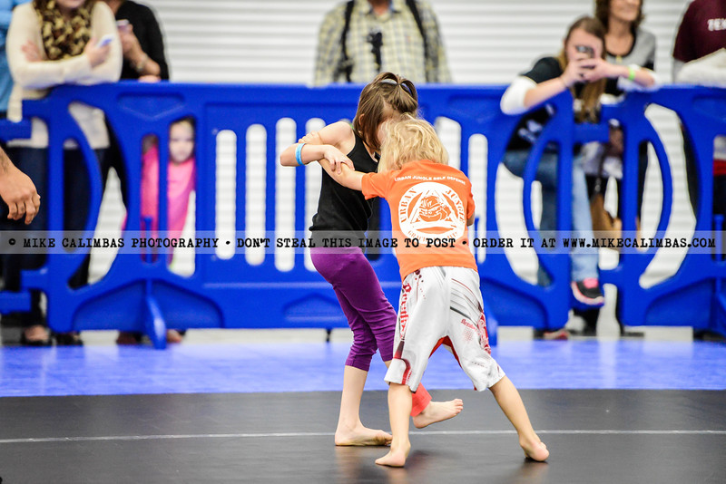 See complete event gallery + order prints and downloads at http://www.mikecalimbas.com/BJJ/GRAPPLINGGAMES4