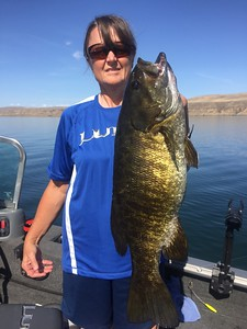 Leigh Ann caught this huge bass with BJ on Banks Lake.