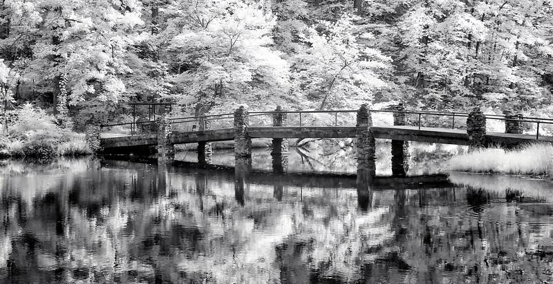 The Stonebridge on Rick's Pond at the Fordyce Estate - Hot Springs National Park - June 2015