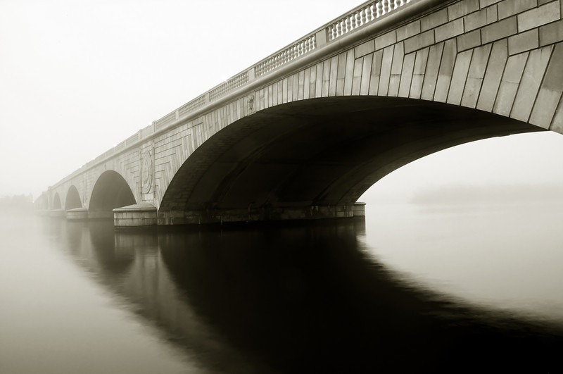 ARLINGTON MEMORAIL BRIDGE IN THE FOG B&W