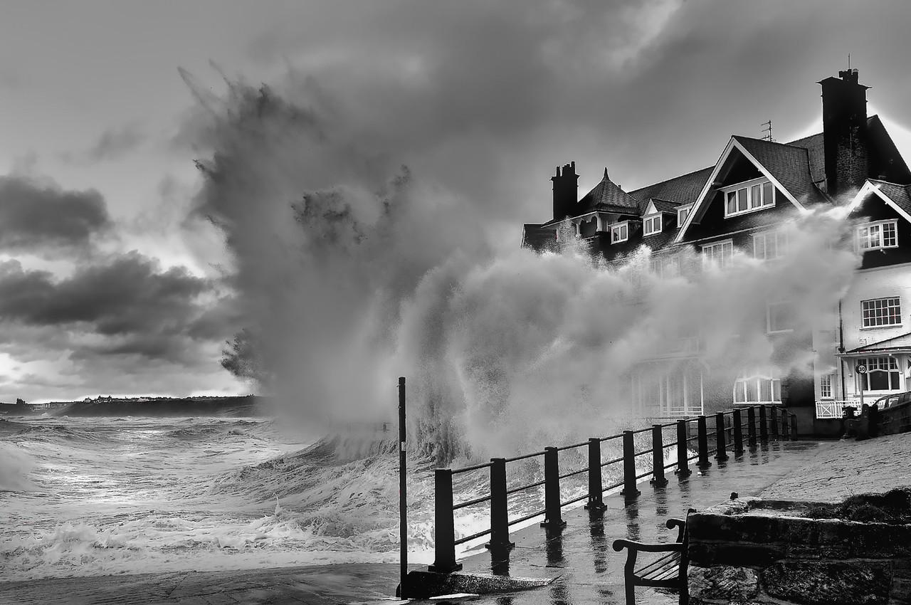 Giant Wave Sandsend