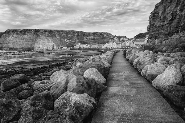 STAITHES HARBOUR WALKWAY