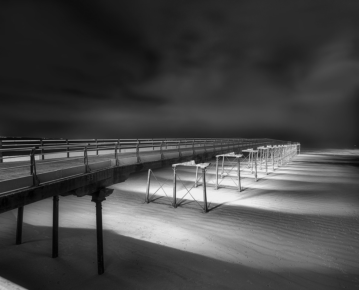 SALTBURN PIER BY NIGHT
