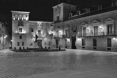 Nocturna, Plaza de La Villa, Madrid