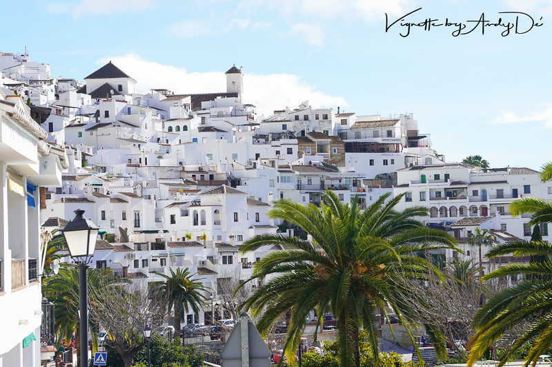 This Panoramic Picturescape adroitly captures the essence of the 'BLANCO PUEBLO' that is FRIGILIANA - wandering the streets is a joy. You feel as if you are taken back in time, back to a land of Moorish Kingdoms and the Reconquista, to a place that feels remarkably like one of the villages in the neighbouring Riff mountains of Morocco. The whole feel and atmosphere of FRIGILIANA is remarkable, and must be experienced for one's self!