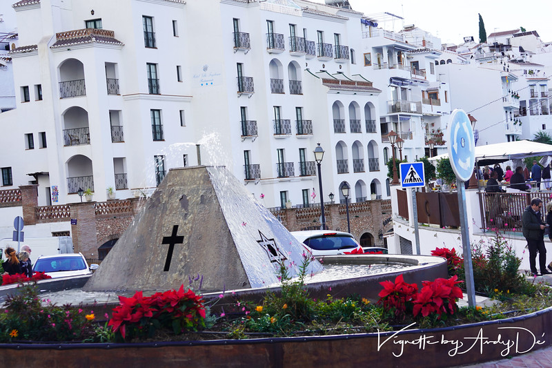 The epi-center of FRIGILIANA with this monument espousing Peace and Harmony amongst the 3 Abrahamic religions, with the sign of the cross, the Star of David and the Cresent Moon on each of the three faces of this fountain!