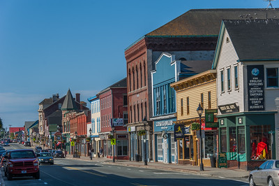 Main street in Yarmouth during the morning 'rush' hour