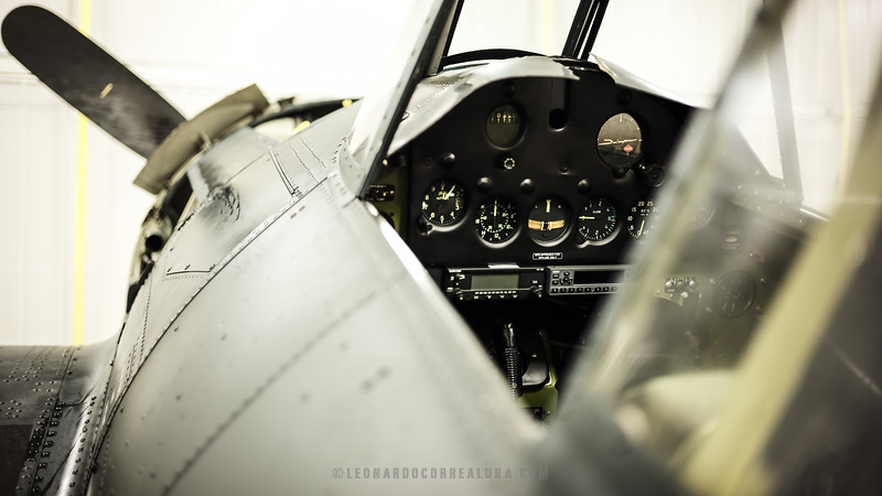 Pristine cockpit of the Wildcat FM-2