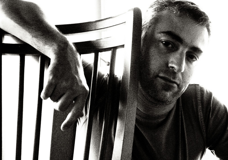 Saturday afternoon; consider it a form of photo-Twitter  (Grainy B&W ART filter, MF, self timer)