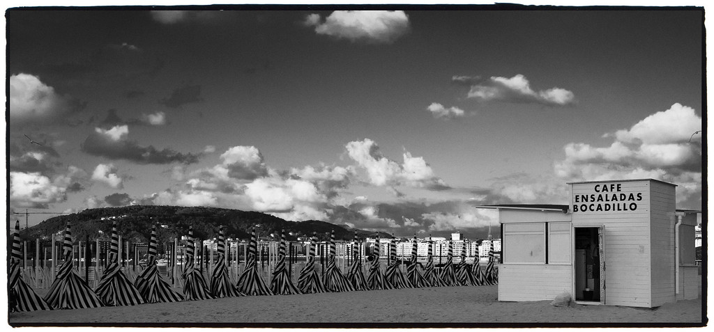 Beach in San Sebastian, Spain, <br /> July 2010