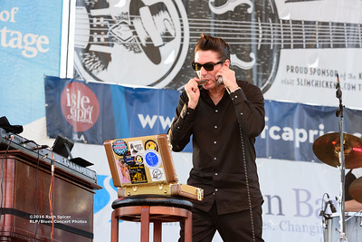 10-08-2016 - Andy T  & Alabama Mike - King Biscuit Blues Festival #17