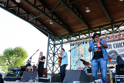 10-06-2018 - Andy T  & Alabama Mike with Anson Funderburgh - King Biscuit Blues Festival #7