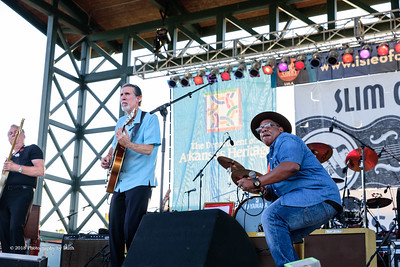 10-06-2018 - Andy T  & Alabama Mike with Anson Funderburgh - King Biscuit Blues Festival #6