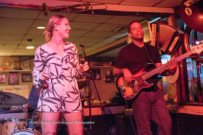 08-13-2015 - Betty Fox Band - Blues Tavern #45