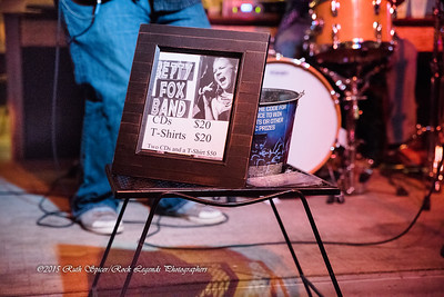 08-13-2015 - Betty Fox Band - Blues Tavern #38