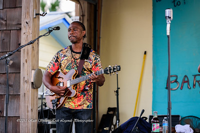 09-01-2015 - Biscuit Miller & The Mix - Paradise Bar & Grill #4