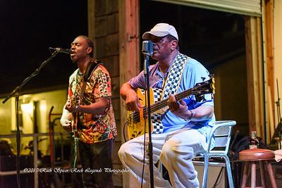 09-01-2015 - Biscuit Miller & The Mix - Paradise Bar & Grill #30