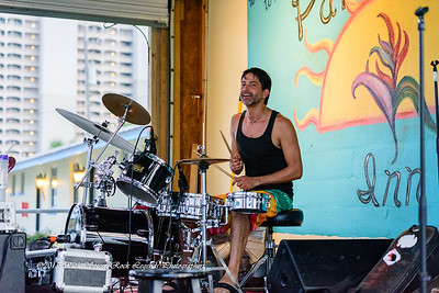 09-01-2015 - Biscuit Miller & The Mix - Paradise Bar & Grill #13