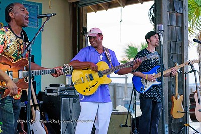 09-01-2015 - Biscuit Miller & The Mix - Paradise Bar & Grill #15