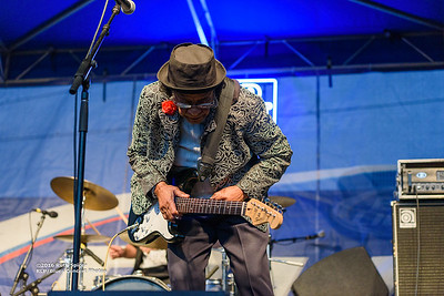 10-08-2016 - Beverly Guitar Watkins - King Biscuit Blues Festival #16