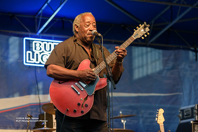 10-08-2016 - Beverly Guitar Watkins - King Biscuit Blues Festival #5