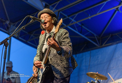 10-08-2016 - Beverly Guitar Watkins - King Biscuit Blues Festival #20