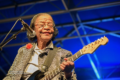 10-08-2016 - Beverly Guitar Watkins - King Biscuit Blues Festival #24