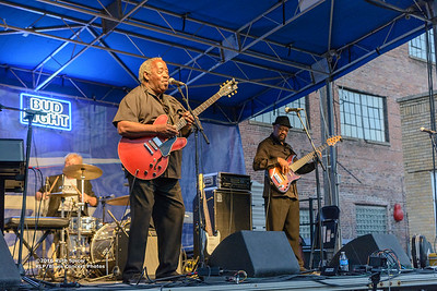 10-08-2016 - Beverly Guitar Watkins - King Biscuit Blues Festival #29