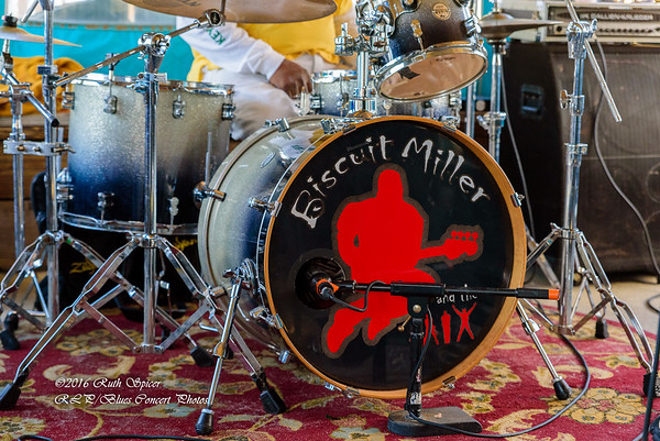 Biscuit Miller & The Mix - Paradise Bar & Grill CONCERT PHOTOS - 01-10-2016