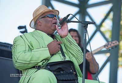 10-07-2016 - Blind Mississippi Morris - King Biscuit Blues Festival #13