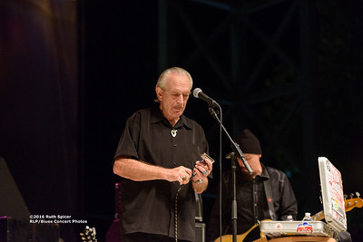 10-08-2016 - Charlie Musselwhite - King Biscuit Blues Festival #3