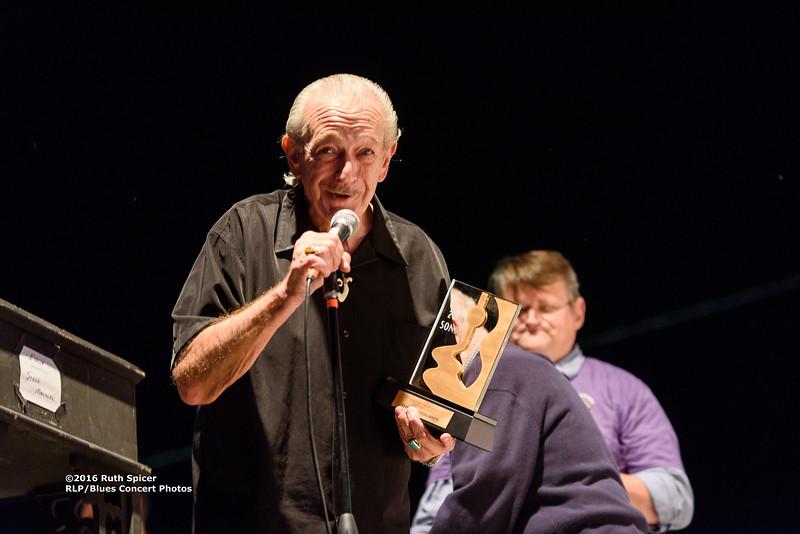 10-08-2016 - Charlie Musselwhite & 2016 Sonny Payne Award - King Biscuit Blues Festival #6