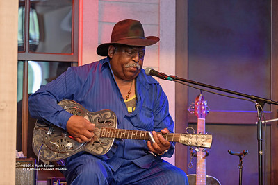 10-07-2016 - GuitarMac MacKnally - King Biscuit Blues Festival #26