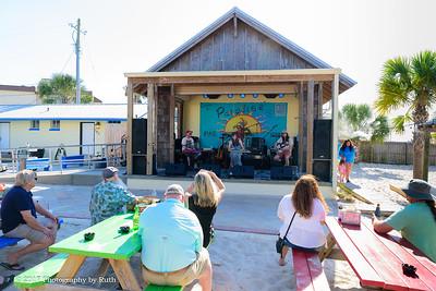 05-07-2017 - Heather Gillis Band - Paradise Bar & Grill #18