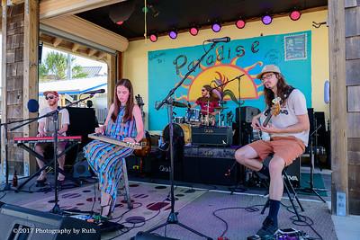 05-07-2017 - Heather Gillis Band - Paradise Bar & Grill #14