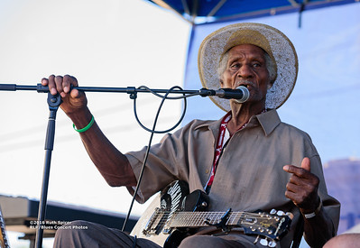 10-07-2016 - Henry Gip Gibson - King Biscuit Blues Festival #13