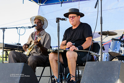 10-07-2016 - Henry Gip Gibson - King Biscuit Blues Festival #7