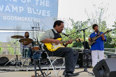 04-09-2016 - James Chicken Scratch Johnson - Baton Rouge Bloues Festival #3