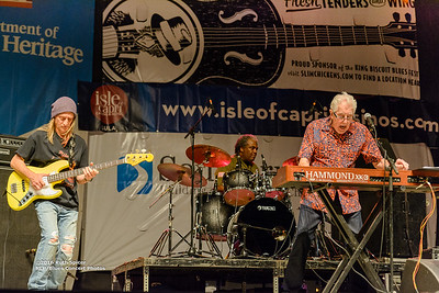 10-07-2016 - John Mayall - King Biscuit Blues Festival #9