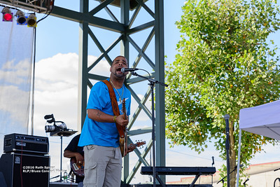 10-07-2016 - Kenny Neal Band - King Biscuit Blues Festival #14