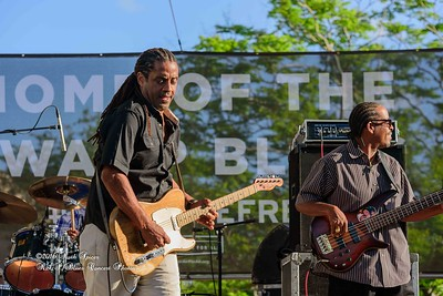 04-10-2016 - Kenny Neal & The Neal Family - Tribute to Raful Neal - Baton Rouge Blues Festival #38