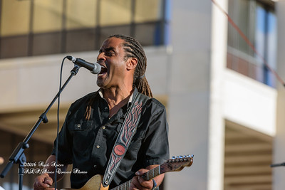 04-10-2016 - Kenny Neal & The Neal Family - Tribute to Raful Neal - Baton Rouge Blues Festival #34